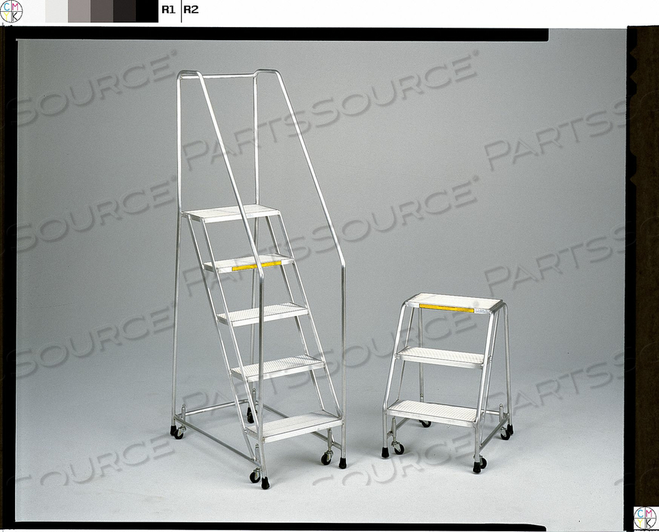 ROLLING LADDER ALUMINUM 28-1/2 IN.H by Ballymore