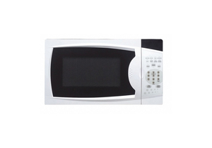 COUNTERTOP MICROWAVE 700W 0.7 CU FT. by Magic Chef