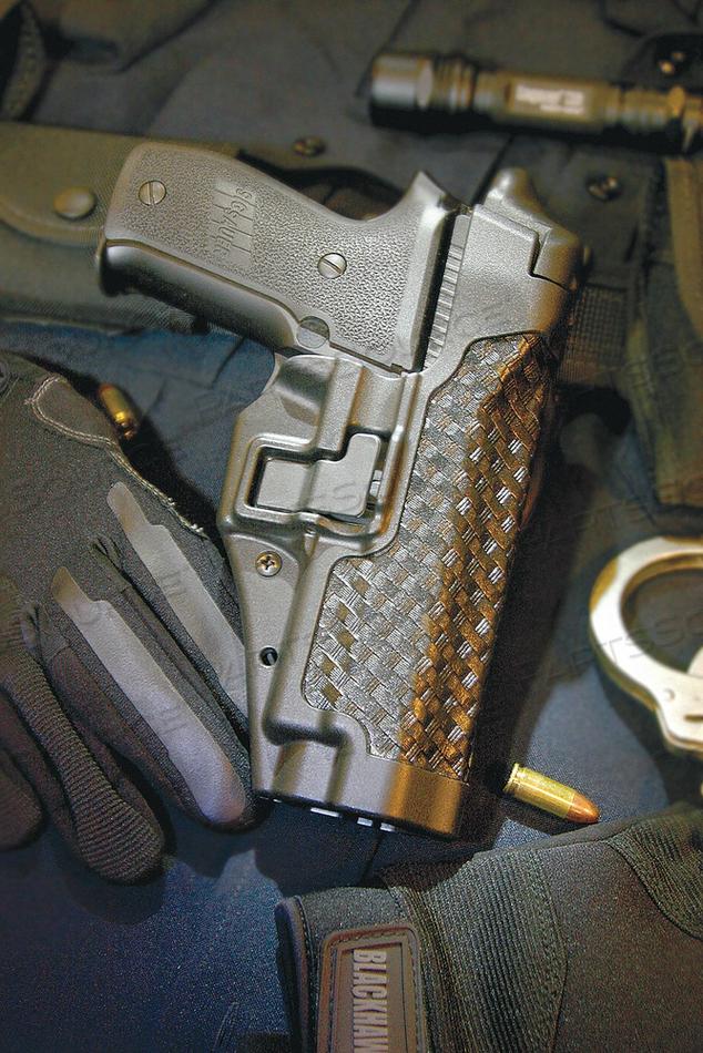 SERPA DUTY HOLSTER RIGHT M P 9/40 by Blackhawk