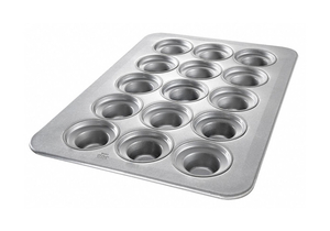 LARGE CROWN MUFFIN PAN 24 MOULDS by Chicago Metallic