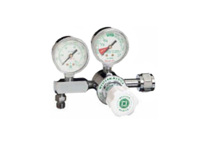 ADJUSTABLE SINGLE STAGE REGULATOR, CGA 940 YOKE, 0 TO 100 PSI DELIVERY, 3000 PSI INLET, MEETS FDA, ISO 9001, 2 IN DIA by Western Enterprises