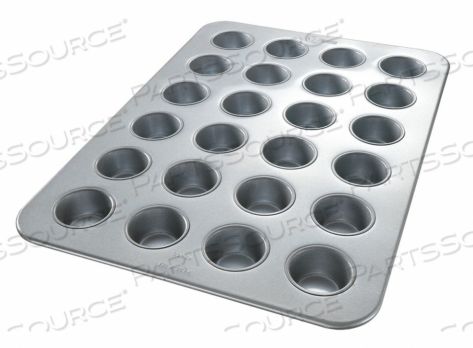 CUPCAKE/MUFFIN PAN 24 MOULDS by Chicago Metallic