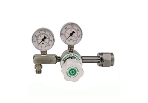 ADJUSTABLE SINGLE STAGE REGULATOR, CGA 540 NUT AND NIPPLE, 0 TO 100 PSI DELIVERY, 3000 PSI INLET, MEETS FDA, ISO 9001, 2 IN DIA by Western Enterprises