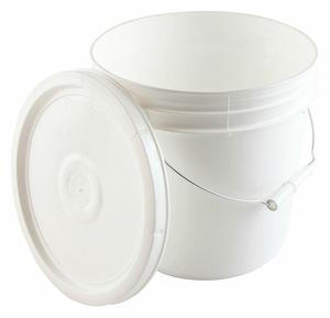 PAIL WHITE PLASTIC ROUND SHAPE 2.0 GAL. by Dynalon