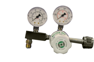 ADJUSTABLE SINGLE STAGE REGULATOR, CGA 320 NUT AND NIPPLE, 0 TO 100 PSI DELIVERY, 3000 PSI INLET, MEETS FDA, ISO 9001, 2 IN DIA by Western Enterprises